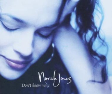 Norah Jones 「Don't know why」を弾き語りました♪